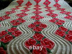 Beautiful Vintage Chenille Bedspread White/Red/Pink Flowers RARE 95X102