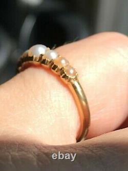 RARE 18k gold Antique Georgian half hoop seed pearl pinched collette ring
