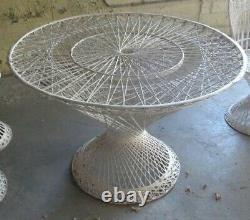 RARE Vintage Mid Century Russell Woodard Spun Fiberglass Patio Table Chairs Set