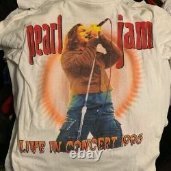Rare! Pearl Jam Vtg 1995 World Tour Live In Concert T Shirt Vintage Tee