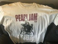 Vintage Pearl Jam Ten T-Shirt XL grunge album cover 10 heavily worn used RARE 91